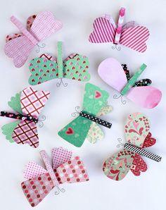 very girly Manualidades para niños con pinzas: ¡mariposas!
