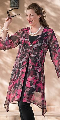 Plus size Kasbah pink/black voile splash long coat Fashion Over 50, Look Fashion, Hijab Fashion, Fashion Dresses, Womens Fashion, Mode Hijab, Indian Designer Wear, Plus Size Women, Blouse Designs