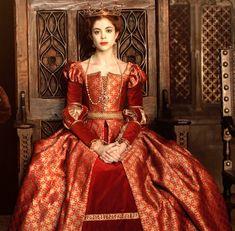 Tudor Dress, Medieval Dress, Tudor Fashion, Medieval Fashion, Katharina Von Aragon, Mode Renaissance, Spanish Costume, The White Princess, Fantasy Gowns