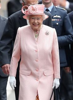 """Chris Jackson on Twitter: """"Smiles all round as the Queen arrives with the Duke for a visit to #Liverpool @GettyImages"""