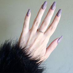 Cute nails, Nail art designs and Pretty nails. Sns Nails Colors, Pretty Nail Colors, Red Nails, Hair And Nails, Nail Art Designs, Acrylic Nail Designs, Acrylic Nails, Acrylic Colors, Pointy Nails