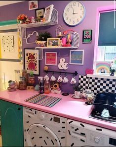 Bold Living Room, Living Room Kitchen, Home And Living, Pinterest Room Decor, Cocina Shabby Chic, Glam House, Pastel Interior, Indie Room, Quirky Home Decor