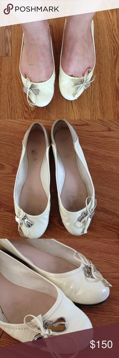 Bally Rittina ballet flat Bally Rittina ballet flat , patent leather upper, metal hardware / charm at toe. Suede panel in the back, leather insole. Italian made, gently worn some minor scuffs from light wear . Size 38.5 Bally Shoes Flats & Loafers