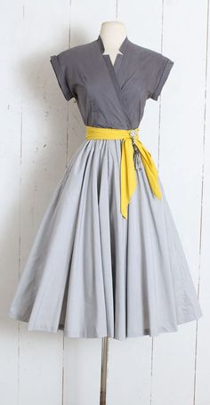 Vintage Dress vintage Marion McCoy grey yellow Etsy Outfit Inspiration & Ideas for All Occasions is part of Vintage dresses - Vintage Dress vintage Marion McCoy grey yellow Etsy Source by sholkanaar Vestidos Vintage, Vintage 1950s Dresses, Vintage Outfits, 1950 Outfits, Vintage Costumes, Dress Sash, Diy Dress, Dress Up, Dress Sewing