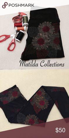 LulaRoe Black with Mosaic Flower OS Leggings New. Black background with mosaic dots flower print. Made in China, fits size 2-10. LuLaRoe Pants Leggings
