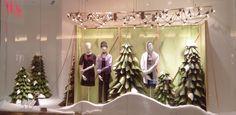 H&M Christmas 2016 Season Window Display – Design Retail Space Christmas Window Display, Window Display Design, Window Displays, H&m Christmas, Xmas, H&m Store, Retail Space, Windows, Seasons