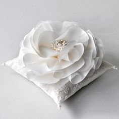 Ring pillow (wedding) Engagement Ring Holders, Ring Holder Wedding, Ring Bearer Pillows, Ring Pillows, Wedding Pillows, Ring Pillow Wedding, Bridal Rings, Wedding Rings, Lace Ring