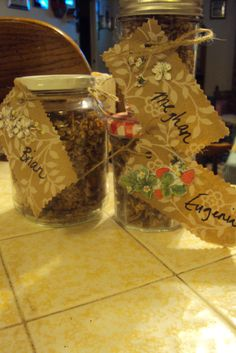 Gift giving granola for recipe go to www.earthyconsumer.blogspot.com