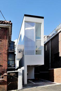 Guro dong Mini House by AIN Group ----------- Maison coréenne. Peu de terrain mais beaucoup d'idées.  http://www.avantages-habitat.com/travaux-maison-ossature-bois-120.html