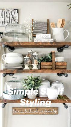 Kitchen Shelf Decor, Farmhouse Kitchen Decor, Kitchen Redo, Kitchen Furniture, Kitchen Dining, Diy Furniture, Island Kitchen, How To Decorate Kitchen, Shelves In Dining Room