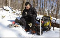 Wood Trekker: A Beginner's Guide to Winter Camping and Bushcraft :)