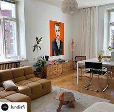 #lundiaclassic avainmerkintä Instagramissa • Kuvat ja videot Live In Style, Living Spaces, Living Room, House Rooms, Hearth, Cribs, Interior Design, Interior Ideas, Sweet Home