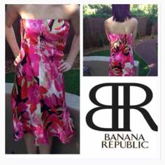 Silk Dress Gorgeous, strapless silk dress by Banana Republic in Sz 2. In flawless condition from a pet, smoke free home. Banana Republic Dresses