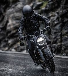 Husqvarna have unveiled the spectacular new Svartpilen 701 model at EICMA 2018 in Milan. With a flat tracker-based minimalist design, the neo-retro bike is powered by a four-stroke single-cylinder engine that outputs 53 pound-feet of torque. Womens Motorcycle Helmets, Motorcycle Girls, Honda Motorcycles, Standard Motorcycles, Ducati Monster Custom, Motorbike Design, Retro Bike, Motorcycle Photography, Custom Cafe Racer