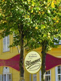 An diesem Café kommt wohl keiner vorbei, der in Bad Ischl zu Besuch ist.