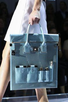 Versace Spring/Summer 2015 ready-to-wear close up #MFW #Milan #FashionWeek