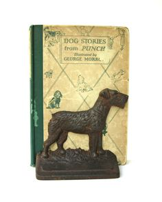 Etsy listing at http://www.etsy.com/listing/157478031/vintage-cast-iron-airedale-terrier-dog
