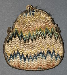 Purse, Winterthur, 1700-1750, United Kingdom or America, wool, linen, silk, canvas, 5 inches (h) x 4.75 inches (w),  accession number 1961.1355
