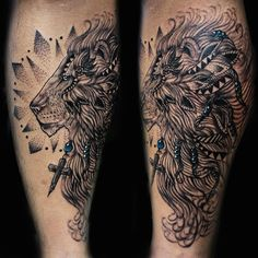 ¡León/ Lion!  #originaltattoo #tatuajes #weslyfernandeztattoos #arte#tattoolife #weslyfernandezart #costarica #puravida #tatuaje #tattoos#skinart #ink #inked #tattooart #inkstagram #bodyart #fkirons #inkeeze #fusionink #lion #liontattoo #blackandgreytattoo