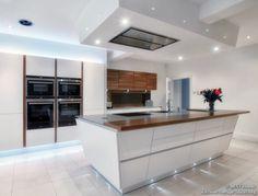 Cirrus Hood  (BestHoods.co.uk, Kitchen-Design-Ideas.org)