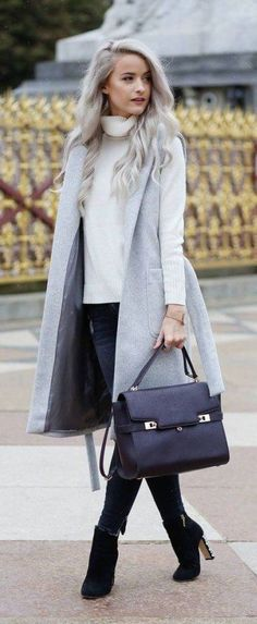 Casual chic in gray, black and white.