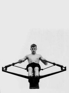 Luke Smalley: Rowing Machine (1999)
