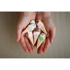Mini Ice Cream Cone Cookies // & Bake Masuko