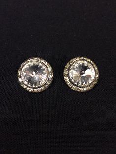Beautiful vintage costume rhinestone clip on earrings