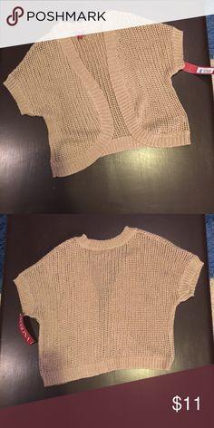 Merona Gold Metallic Shrug Sweater Large NWT Merona Gold Metallic Mesh Shrug Sweater. Size Large. NWT! 71% acrylic, 29% polyester. Merona Sweaters Shrugs & Ponchos