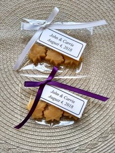 Maple Sugar Leaf Candies – 10 packages of 3 candies/ Wedding Favor/ Vermont Maple Syrup/Baby Shower/bridal shower/holiday/ Customizable – Wedding Favors Tags Sweet Wedding Favors, Wedding Candy, Wedding Favor Tags, Wedding Decor, Wedding Reception, Wedding Ideas, Sugar Candy, Candy Favors, Cinderella Wedding