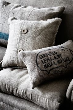http://naturalmoderninteriors.blogspot.com.au/2013/08/recycled-fabric-cushion-ideas.html | Recycled Fabric Cushion Ideas. Recycled cushions made from Hessian.
