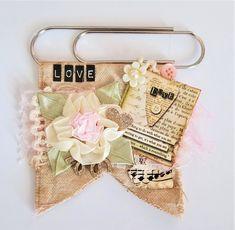 Handmade Designs by Gloria Paper Clips Diy, Paper Clip Art, Handmade Design, Handmade Crafts, Handmade Headbands, Handmade Rugs, Journal Paper, Junk Journal, Vintage Paper