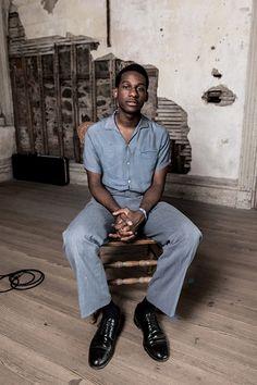Rugged Never Smooth Leon Bridges, Boy Fashion, Mens Fashion, Folk Festival, Rhythm And Blues, Single Men, Black Boys, Black Is Beautiful, Vintage Outfits