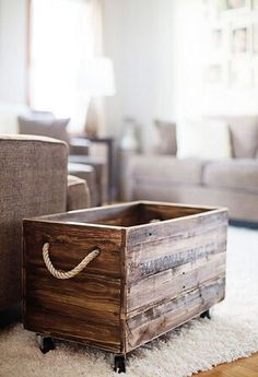 12 Amazing DIY Pallet Projects 12 Amazing DIY Pallet Projects,wood diy ideas reclaimed wood box with rope handles Related Pallet Wood Projects You Can Make! Pallet Crafts, Diy Pallet Projects, Furniture Projects, Pallet Furniture, Furniture Plans, Wooden Projects, System Furniture, Wooden Crafts, Furniture Design