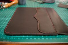 Tutorial - How I make the DIY Kindle leather case | handmade, custom & one-off leatherwork products made in Australia | High on GlueHigh on Glue