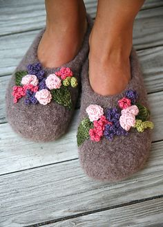 cloggy felted slippers embellished with  flowers, pattern for purchase on Ravelry