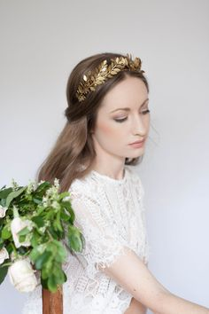 Laurel Leaf Tiara, Gold Tiara, Leaf Halo, Gold Leaf Headpiece, Leaf crown, bridal tiara, Gold Leaf Headband, Woodland, bohemian, fall #101