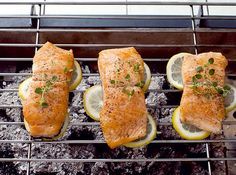 We have a solution to fish sticking to the grill! #fish #lemon