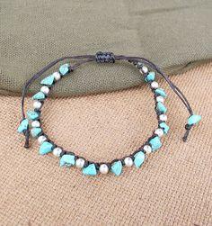 Casual Strand Turquoise Chip Stone Bracelet por handmadethaicountry