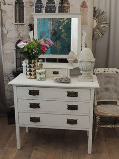 Shabby chic Victorian dressing table