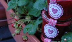 Erdbeer-Balsamico Marmelade http://sweetpie.de/2014/09/20/erdbeer-balsamico-marmelade/