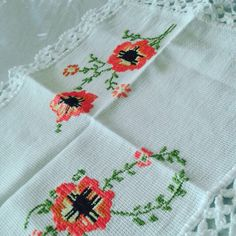 Napkins, Tableware, Needlepoint, Dinnerware, Towels, Dishes, Napkin, Place Settings
