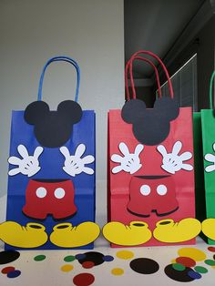 MICKEY MOUSE CLUBHOUSE Birthday Party Set of 10 Favors/ Bags