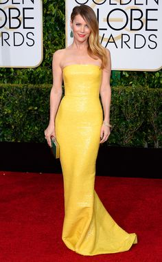 Don't call her mellow yellow! Leslie Mann turns up the heat in this sexy little number!