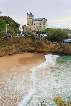Biarritz is a city on the Bay of Biscay, on the Atlantic coast. It is a luxurious seaside tourist destination in France. Photo: https://www.shutterstock.com/image-photo/biarritz-france-october-11-2015-villa-632973125 Profile: https://www.shutterstock.com/g/FlareZT?language=en #villa, #Belza, #palace, #Basque, #Country, #aquitaine, #atlantic, #autumn, #beach, #biarritz, #blue, #coast, #france, #landscape, #ocean, #resort, #sea, #water, #wave