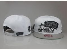 hot sale bad4d d4aec Mens San Antonio Spurs New Era NBA Hardwood Classics Splitier 9FIFTY  Snapback Cap - White