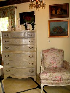 Vintage Chest on Chest painted with Chalk Paint® decorative paint  by Annie sloan showing a clouded stippled effect.