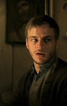 Screen Caps of Tom Wlaschiha from the movie Bergkristall