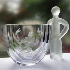 v My Glass, Glass Art, Art Deco Movement, Crystal Vase, Great Stories, 16th Century, Crystals, Crystals Minerals, Crystal