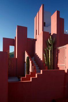 La Muralla Roja - Calpe - Alicante.
